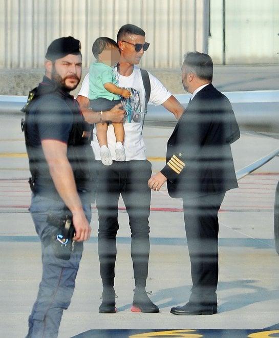 L'arrivo da star di Cristiano Ronaldo a Caselle