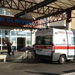 Minaccia e aggredisce una dottoressa al pronto soccorso dell'ospedale di Rivoli