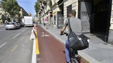 Appendino twitta sulla ciclabile di via Nizza, i pedalatori le ricordano cosa resta da fare
