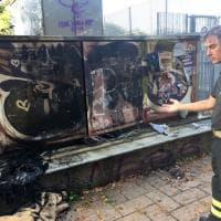 Torino, brucia il rifugio dei senza dimora vicino al Campus Einaudi