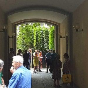 Torino, cade da un ponteggio alle spalle del Comune: muore artigiano