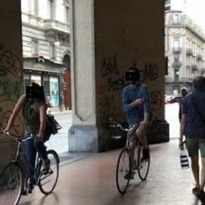 """Torino: """"Basta ciclisti sotto i portici del centro"""""""