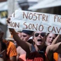 Torino, giro di vite sui vaccini: blitz dei Nas in scuole e Asl contro i