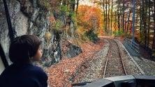 """Scorci incantati tra Italia e Svizzera, in viaggio    con il """"Treno del Foliage"""""""
