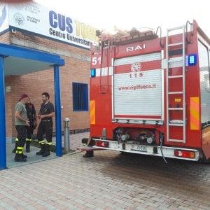 Incendio nella palestra del Cus Torino di via Artom, ingenti i danni