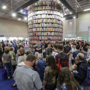 Salone del libro, l'ultimo inciampo: il Comune congela il ritorno tra i soci