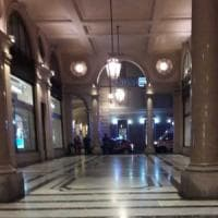 Torino: senza dimora spara a salve per strada, un altro minaccia i passanti
