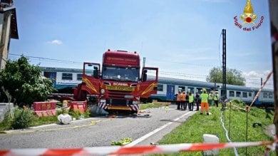Cinque indagati per     la sciagura ferroviaria di Caluso   che costò la vita due persone