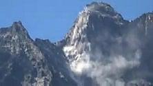 La cima della montagna crolla: paura in val Ferret ai confini con l'Italia