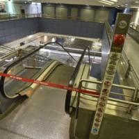 Torino: studente universitario cade dalle scale mobili del metrò e muore
