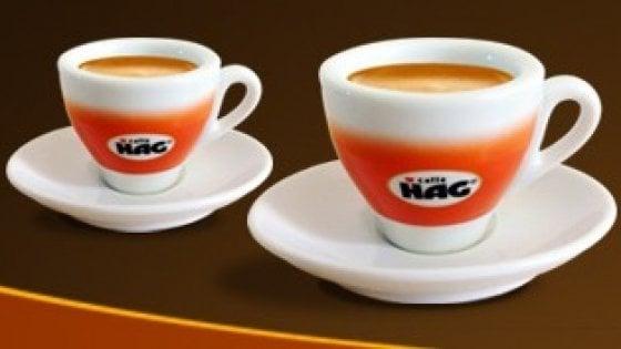 Torino, chiude lo stabilimento del caffè Hag: 57 licenziamenti