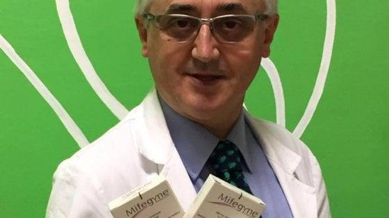 """Torino, Viale replica a Papa Francesco: """"Sono un medico non un sicario"""""""