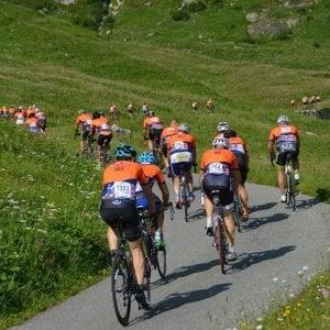 Cuneo, la gran fondo di ciclismo Fausto Coppi apre alle bici elettriche