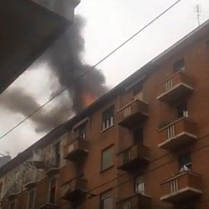 Torino, incendio in via Genova: due mini appartamenti distrutti