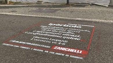 """""""Parole da salvare"""": sulle strade  di Torino la campagna dello Zingarelli"""