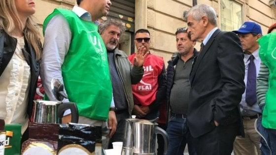 """Torino: incontro per il caffè Hag al ministero, l'azienda insiste: """"Si chiude"""""""