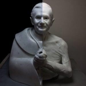 Torino, Papa Ratzinger torna uomo e la nuova scultura di Jago ora si può comprare in comproprietà