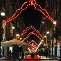 Torino, black out delle Luci d'Artista in via Garibaldi. Il Comune:
