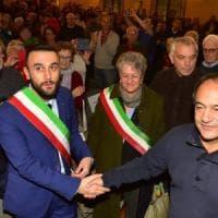 Torino, la platea dell'Anpi contesta il presidente grillino del Consiglio