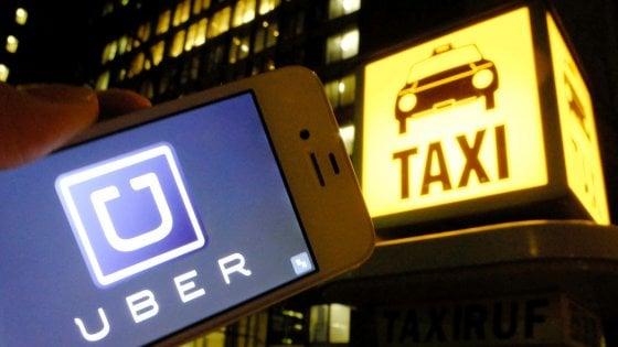 Uber Taxi sbarca in Italia: l'app a Torino entro fine anno ma i tassisti annunciano battaglia