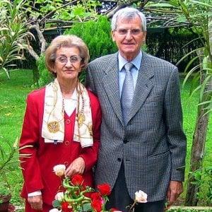 Alessandria, due sposi muoiono nello stesso giorno dopo 62 anni di vita insieme