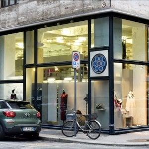 Top Ten, la boutique delle torinesi dice addio al centro: affitti troppo cari