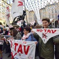 Alta velocità, a Torino la disfida delle donne: le No Tav contro le