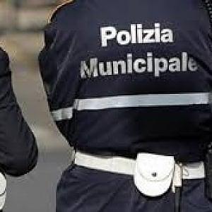 Torino, task force dei vigili vicino ai musei  per i ragazzini minacciati dagli ambulanti