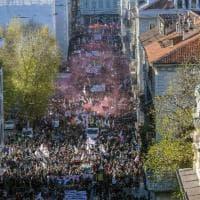 No Tav in piazza a Torino, i volti e gli slogan del corteo