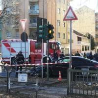 Schianto tra la polizia e la Mercedes dei calciatori, le immagini