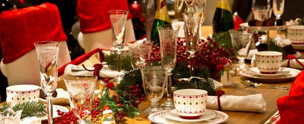 Pranzi, brindisi, cenoni. Peccati di gola natalizi? Meglio prepararsi per tempo