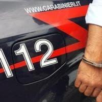 Torino, ladro preso sul fatto ferisce guardia giurata con due stuzzicadenti: