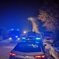 Va a fuoco nella notte deposito di bombole a Borgo Vittoria: attimi di paura