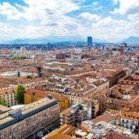 Il Piemonte arretra nella qualità della vita dominata da Milano: Torino