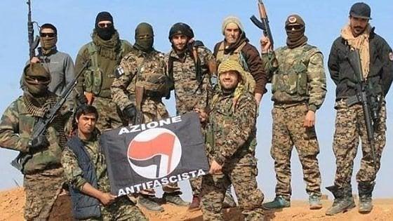 Torino, andarono a combattere contro l'Isis: la procura chiede la sorveglianza per 5 foreign fighters