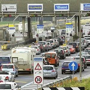 L'autostrada Torino-Savona cancella 5 aree di servizio: in bilico 50 dipendenti
