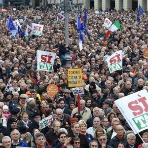 Ore 11,30: flash mob per la Tav con cento sindaci, imprese e leader politici