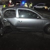 Torino, scontro tra due auto: danneggiati altri sette veicoli in sosta