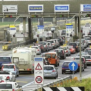 """Torino, venti sindaci al prefetto: """"Bloccate l'aumento delle autostrade e più risorse alle valli alpine"""""""