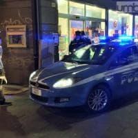 Espulso dall'Italia, era rimasto a Torino: tradito da un furto di scarpe