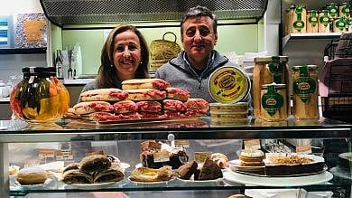 """Torino-Savona,    i """"resistenti"""" in difesa  del panino gourmet: """"Noi, non chiudiamo"""""""