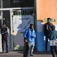 Torino, un fermo per l'omicidio al Moi: è l'autore del ferimento con l'accetta