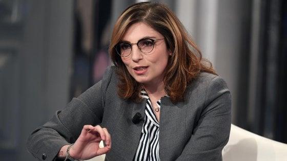 Diffamò Fassino su Facebook: Laura Castelli, sottosegretaria M5s all'Economia, a processo con 18 followers