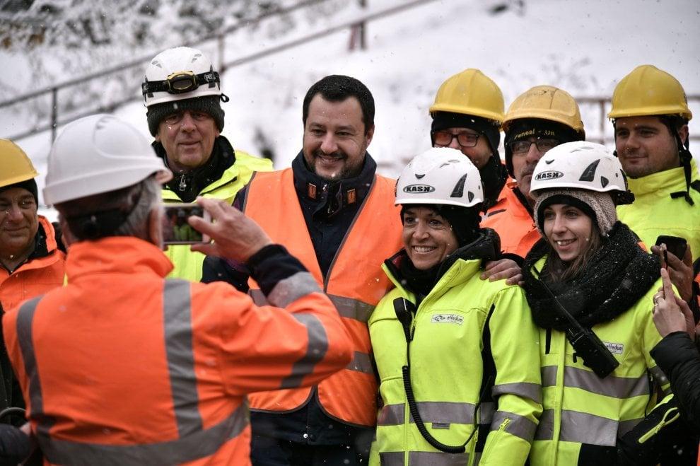 """Il vicepremier Salvini visita il cantiere Tav a Chiomonte: """"L'opera va fatta"""""""