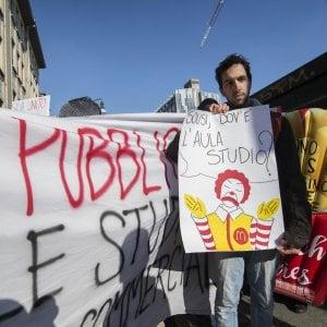 """Il rettore Ajani: """"Proteste contro i fast food? Non ci può essere dialogo se l'università diventa un bersaglio"""""""