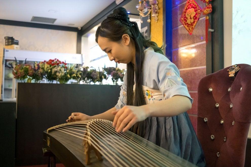 Torino, al culmine dopo due settimane le feste per il capodanno cinese