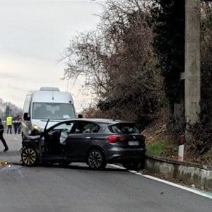 Travolti sul ponte della Dora, due cantonieri morti al confine tra Torino e Vercelli