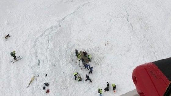 Aosta, valanga uccise due alpinisti a Pila: sotto accusa sei istruttori del Cai