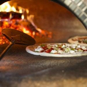 Quattro lavoratori in nero nella pizzeria di Mathi. Uno ...