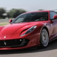 Torino, fatture false per 3 milioni e nel garage una Ferrari Superfast: